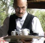 сервитьорът-христо-маринов:-богдана-карадочева-замеряше-малолетен-просяк-с-кокали-–-1-част
